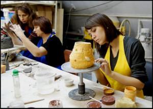 Сырье для изготовления керамических материалов