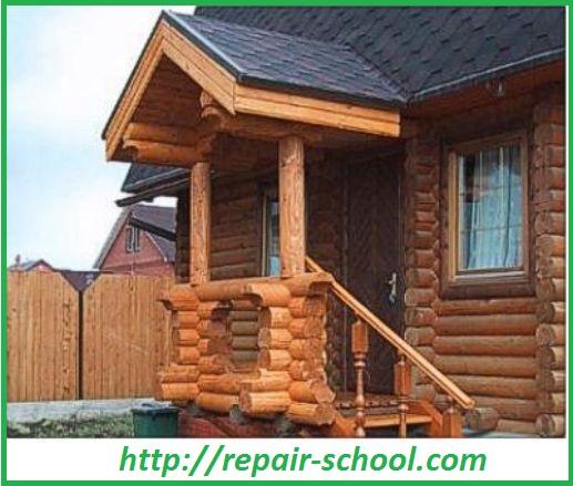 Деревянное крыльцо дома