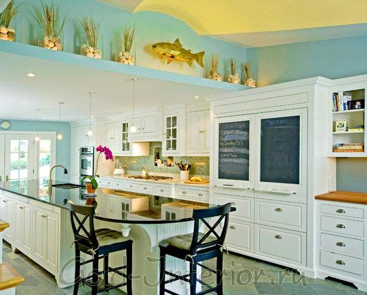 Голубой с жёлтым в декоре кухни
