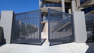 Автоматические ворота – надежность, безопасность и не только